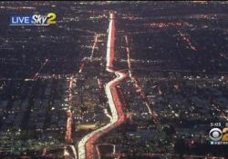 Milioni  in viaggio per Thanksgiving: ecco la trafficatissima autostrada a Los Angeles La freeway 405 è una delle principali strade di Los Angeles - CorriereTV
