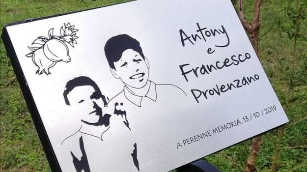 Fratellini morti nell'incidente di Alcamo, a Partinico una targa per ricordarli - Giornale di Sicilia