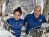 Gli astronauti Luca Parmitano (Esa) e Jessca Meir (Nasa) protagonisti del primo collegamento fra Statione Spaziale Internazionale e i Nobel per la Fisica e la Chimica (fonte: ESA, NASA)