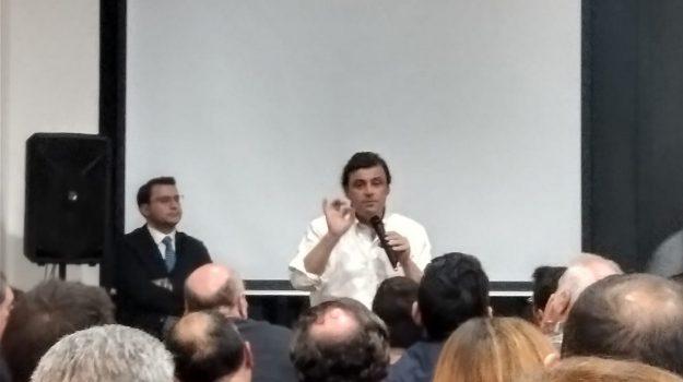 Carlo Calenda, Palermo, Politica
