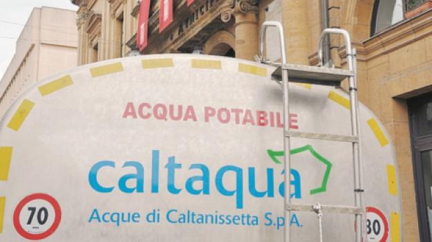 acqua, scuole, Caltanissetta, Cronaca