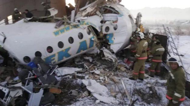 disastro aereo, Kazakistan, Sicilia, Mondo