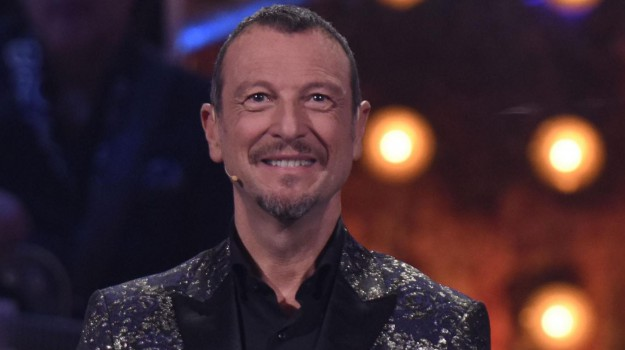"""Cala il sipario su Sanremo, Amadeus: """"Ora torno alla normalità"""""""