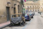 Ancora incendi sospetti a Caltanissetta, altre due auto in fiamme