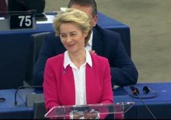 Brexit, von der Leyen: «No deal nuocerà più a Gran Bretagna che all'Ue» Dai banchi del Brexit Party urla durante l'intervento - Ansa