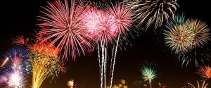 Capodanno 2020: dalle lenticchie al melograno, miti e tradizioni per la notte più attesa