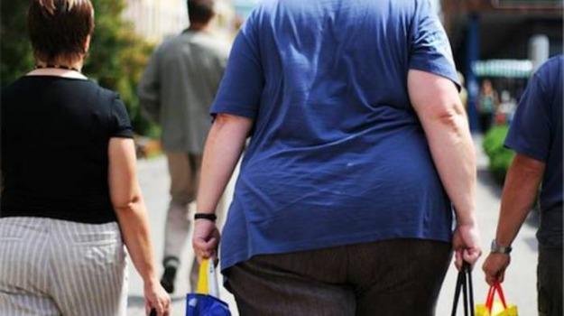 alimentazione, coronavirus, obesità, obesity day, Lucio Catalano, Sicilia, Società