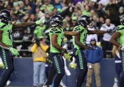 Football, l'esultanza dei Seahawks è una coreografia irresistibile La celebrazione dei Seattle Seahawks dopo il touchdown - Dalla Rete