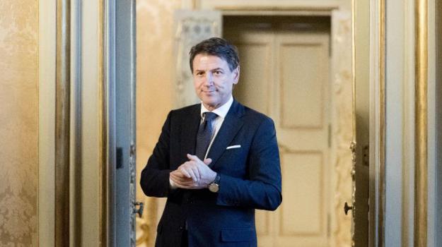 dichiarazione dei redditi, Giuseppe Conte, Sicilia, Politica