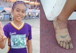 La ragazzina vince tre medaglie d'oro correndo con le finte Nike cucite addosso La storia dell'undicenne filippina Rhea Bullos ha fatto il giro di internet - CorriereTV