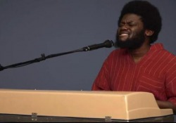 Michael Kiwanuka, il soulman del XXI secolo arriva a Milano  Il celebrato cantante britannico si esibirà al Fabrique sabato 7 per presentare l'album «Kiwanuka»  - Corriere Tv