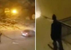 Nevicata eccezionale in Minnesota, snowboard per strada e sci nel cortile di casa Tempesta di neve a Minneapolis: i residenti si organizzano per far fronte all'eccezionale ondata di maltempo  - Corriere Tv