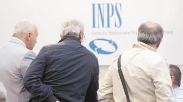 pensioni, Trapani, Economia
