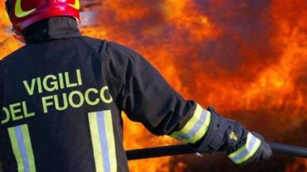 canicattì, incendi, Agrigento, Cronaca