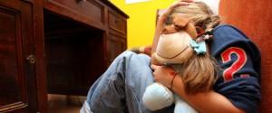 Catania, fa prostituire la moglie e mostra il video alla figlia minore abusata
