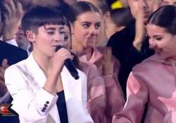 XFactor 2019, la finale: Sofia Tornambene canta l'inedito  La 17 enne ha vinto l'edizione di quest'anno - Corriere Tv
