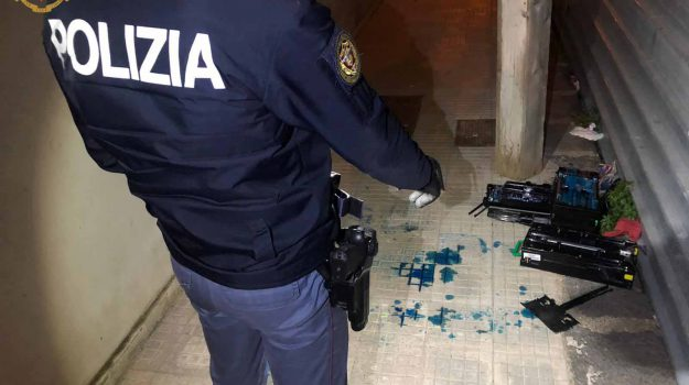 polizia, rapina, Messina, Cronaca