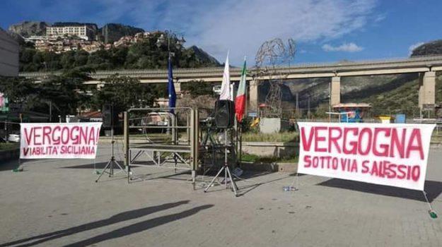 letojanni, Messina, Archivio