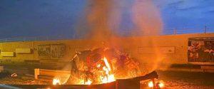 """Folla ai funerali di Soleimani: """"Morte a Usa"""". Nuovo raid, morto capo filo iraniano"""