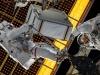 Christina Koch (adestra) e Jessica Meir nella passeggiata spaziale del 15 gennaio, fotografate da Luca Parmitano (fonte: Luca Parmitano, ESA, NASA)