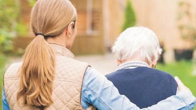 anziani, Trapani, Economia