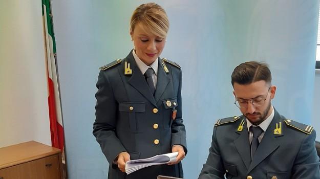 abuso d'ufficio, inps, Palermo, Cronaca