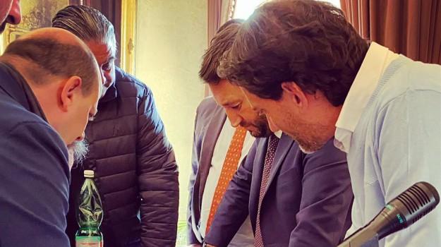 viabilità, Giancarlo Cancelleri, Sicilia, Politica