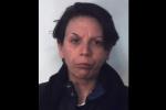 Ruba una borsa a un'infermiera in ospedale, arrestata a Catania