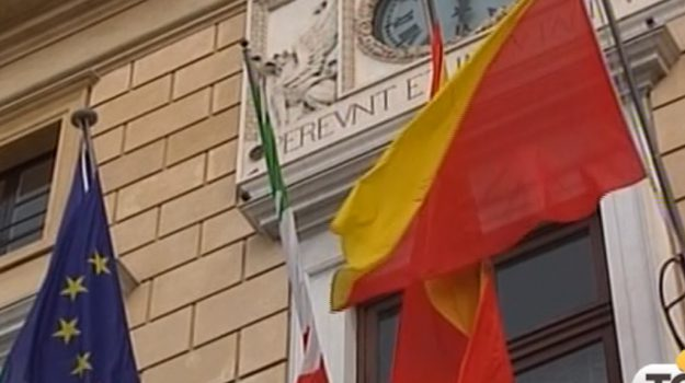 tari, Palermo, Politica