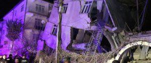 Terremoto 6.8 in Turchia, oltre 20 le vittime