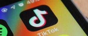 Bambina morta soffocata a Palermo, TikTok: non riscontrati contenuti di blackout challenge