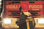 Due ordigni davanti a un negozio a Catania, evacuato un palazzo