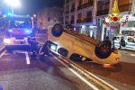 Incidente a Messina, si ribalta con l'auto dopo lo scontro con un'altra vettura: un ferito
