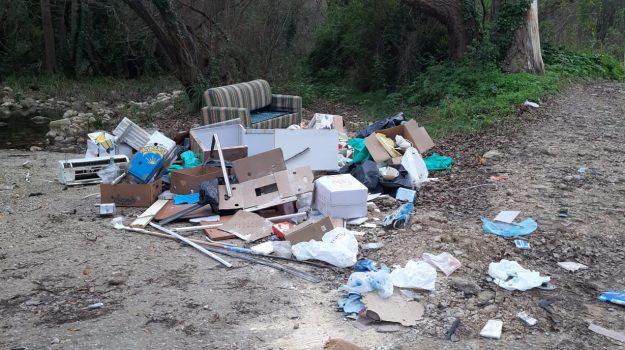 noto, rifiuti, Siracusa, Cronaca