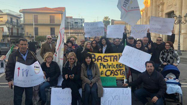 aci sant'antonio, vitalizi, Catania, Politica