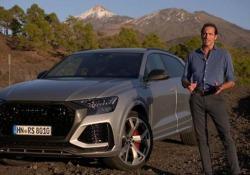 Audi RS Q8: il suv-coupé estremo alla prova  È lo sport utility più «cattivo» del marchio tedesco: motore a benzina V8 biturbo di 4 litri da 600 cavalli. E oltre 300 orari di velocità massima - CorriereTV