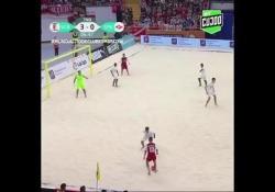 Beach soccer, il pallonetto di Martins è una perla Il pallonetto durante la finale del Mondiale per club di beach soccer tra Sporting Braga e Spartak Mosca - Dalla Rete