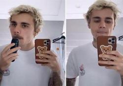 Dopo le (tante) proteste delle fan, Justin Bieber si taglia i baffi Il 25enne torna alla versione «baby face» - CorriereTV