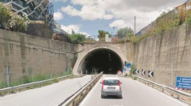 strade, Caltanissetta, Economia