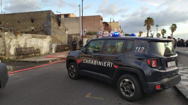 incendio, nizza di sicilia, Messina, Cronaca
