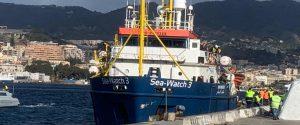 La Sea Watch sbarcata a Messina
