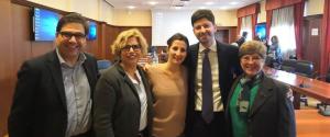 Le ricercatrici Concetta Castilletti e Francesca Colavita col ministro e la direttrice del laboratorio
