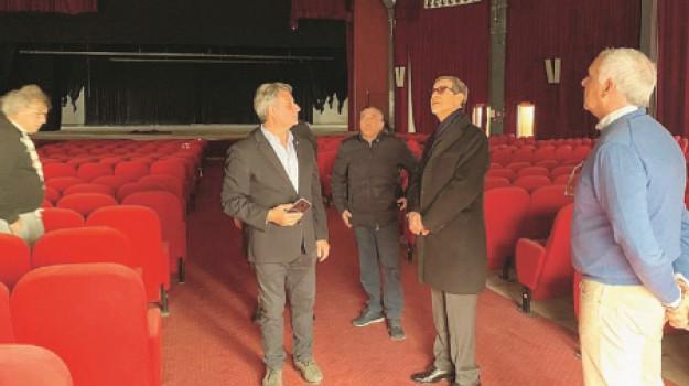 teatri, Trapani, Cronaca