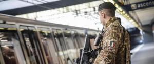 In Sicilia l'Esercito per strada contro il coronavirus: uscite essenziali solo una volta al giorno