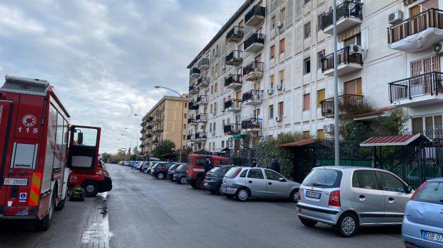 incendio, Zen, Palermo, Cronaca
