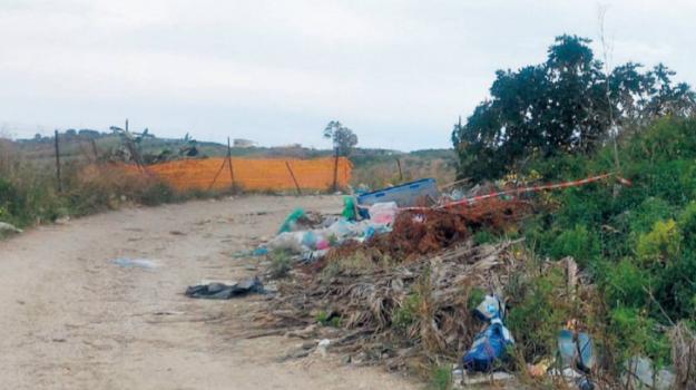rifiuti, Sciacca, Agrigento, Cronaca