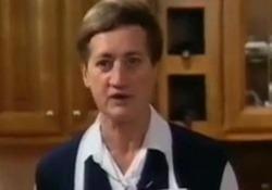 """Addio a Suor Germana: la suora """"cuoca"""" si è spenta a 82 anni La religiosa era diventata famosa negli anni '80 e '90 con cucinando in tv - Corriere Tv"""