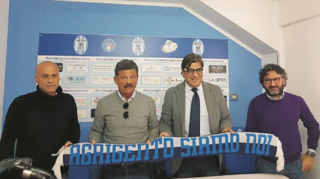 Akragas, Gaetano Longo, Giovanni Castronovo, Agrigento, Calcio