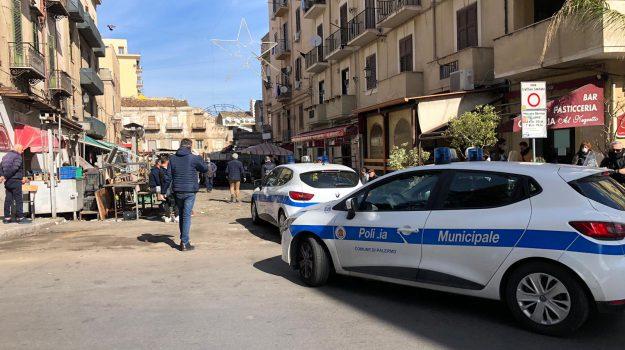 Movida insicura, vigili aggrediti a Palermo durante i controlli a Ballarò