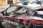 Accoltella un rivenditore d'auto dopo una lite, un arresto a Giarre